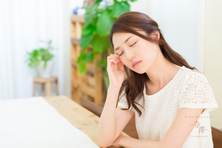 台風や低気圧による頭痛には寺澤の鍼灸整体マッサージ